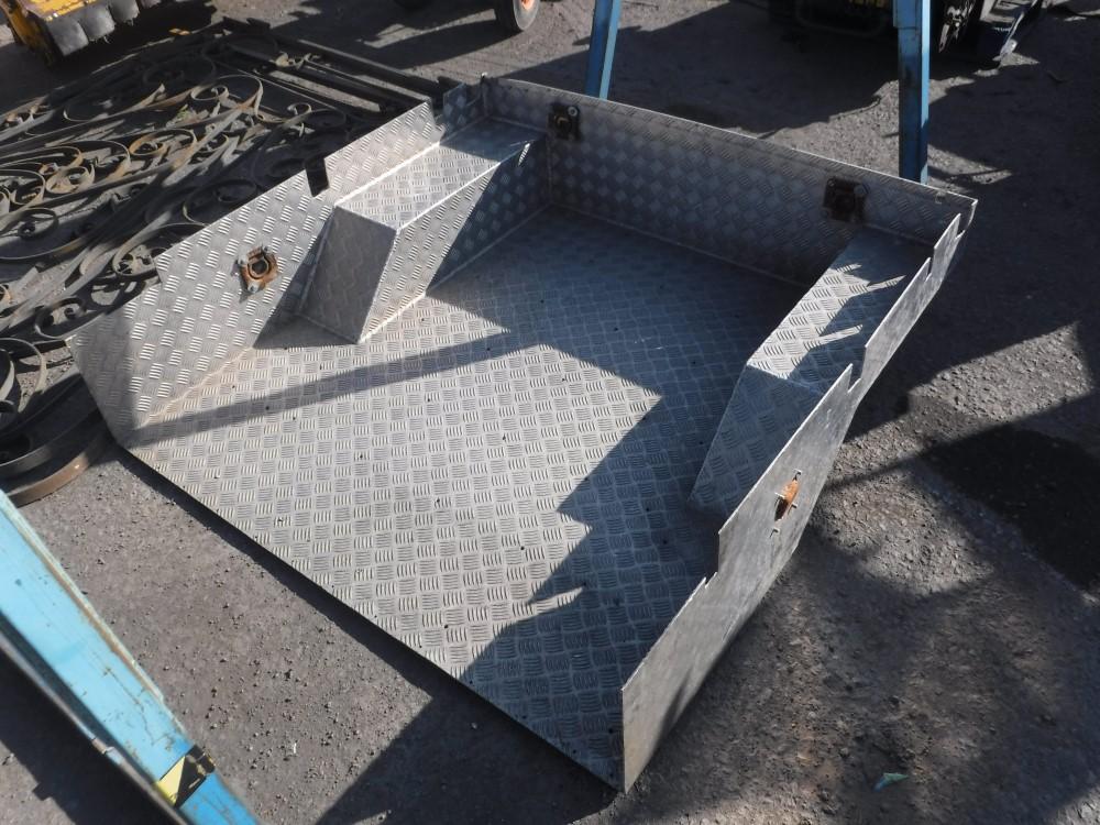 Aluminium body liner for landrover 90 no vat for Liner piscine 3 60 x 0 90