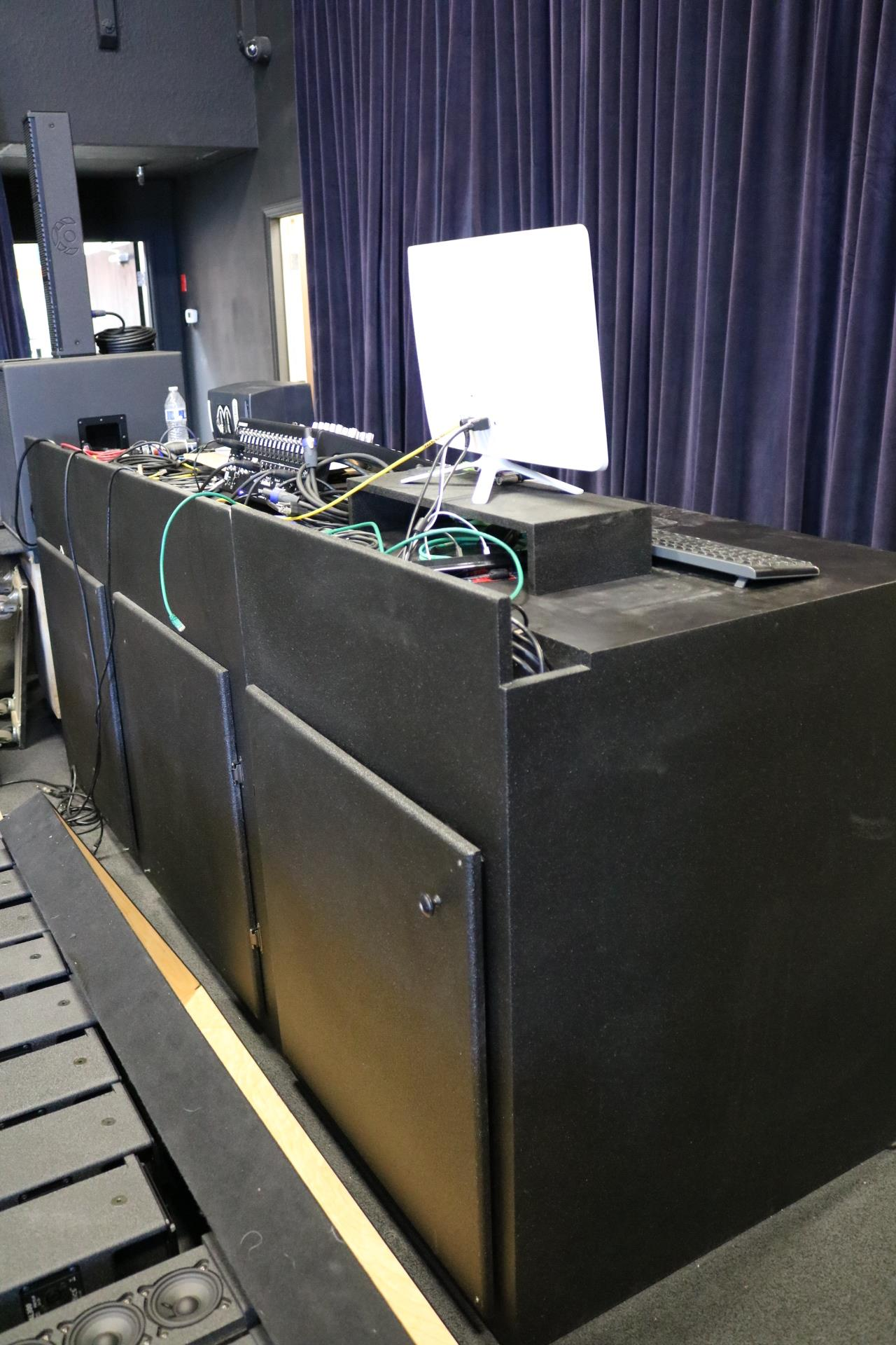 PRO AUDIO SPEAKER MANUFACTURER, 2018 LAGUNA ROUTERS, SCHELLING PANEL SAW, TOYOTA & HYSTER FORKLIFTS - Image 43 of 50