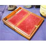 A rosewood writing slope with velvet interior 12cm