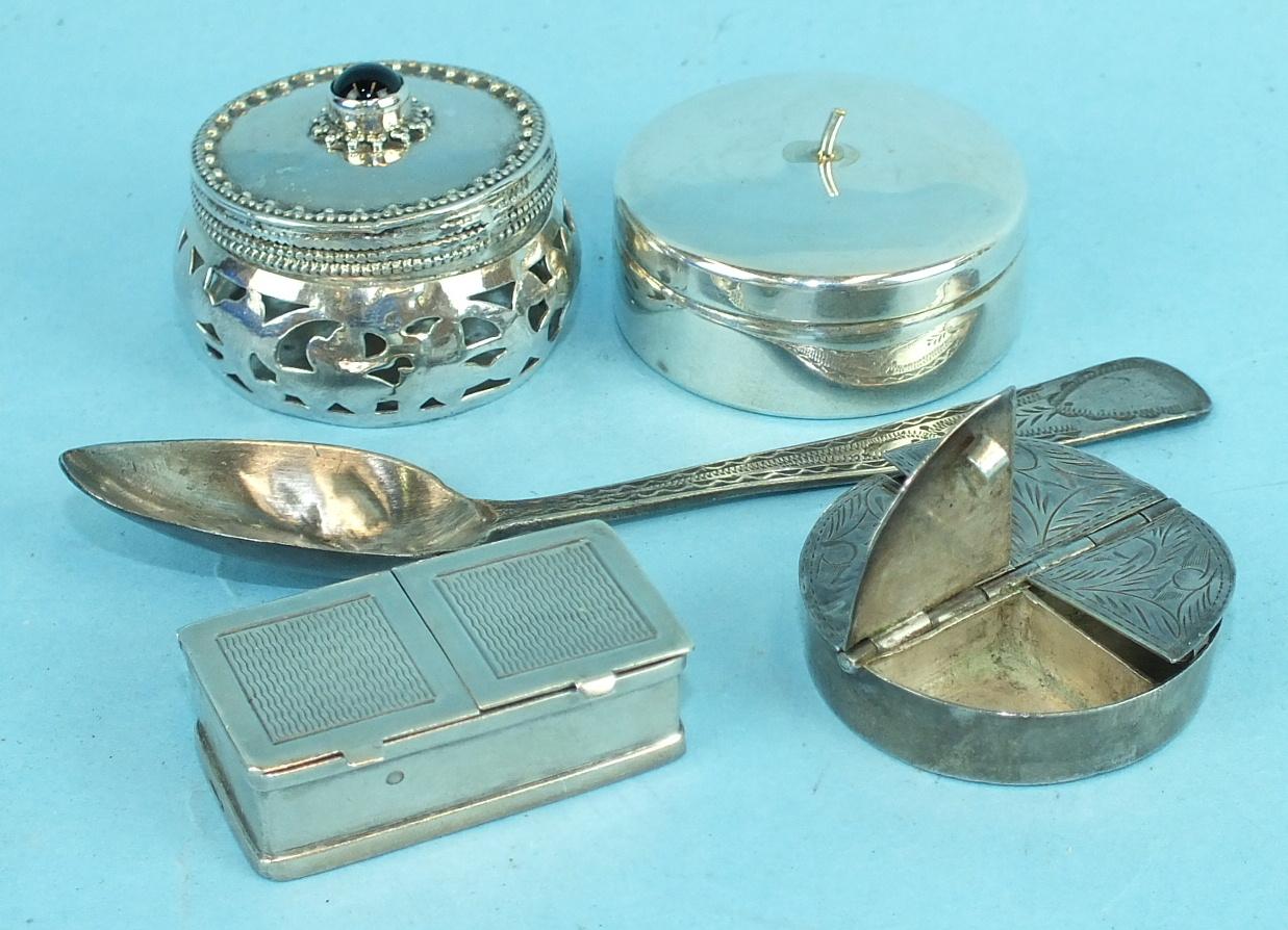 Lot 403 - Four modern silver pill boxes and a bright-cut teaspoon, ___3oz, (5).
