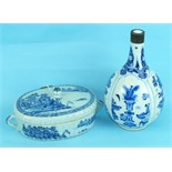 An 18th century Chinese porcelain blue and white oval bowl and cover decorated with landscapes, (