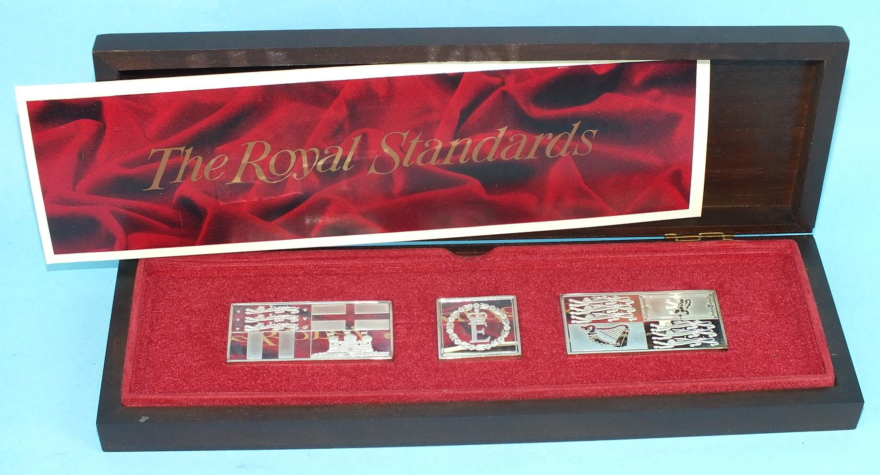 Lot 440 - John Pinches Ltd, a set of twenty-five sterling silver ingots, 'Elizabeth our Queen', in fitted