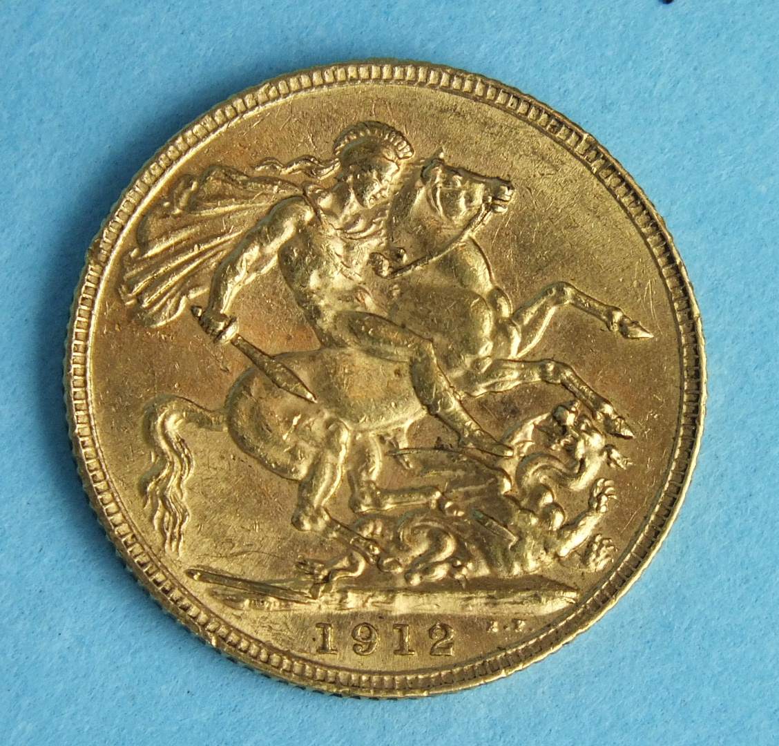 Lot 166 - A 1912 George V sovereign.