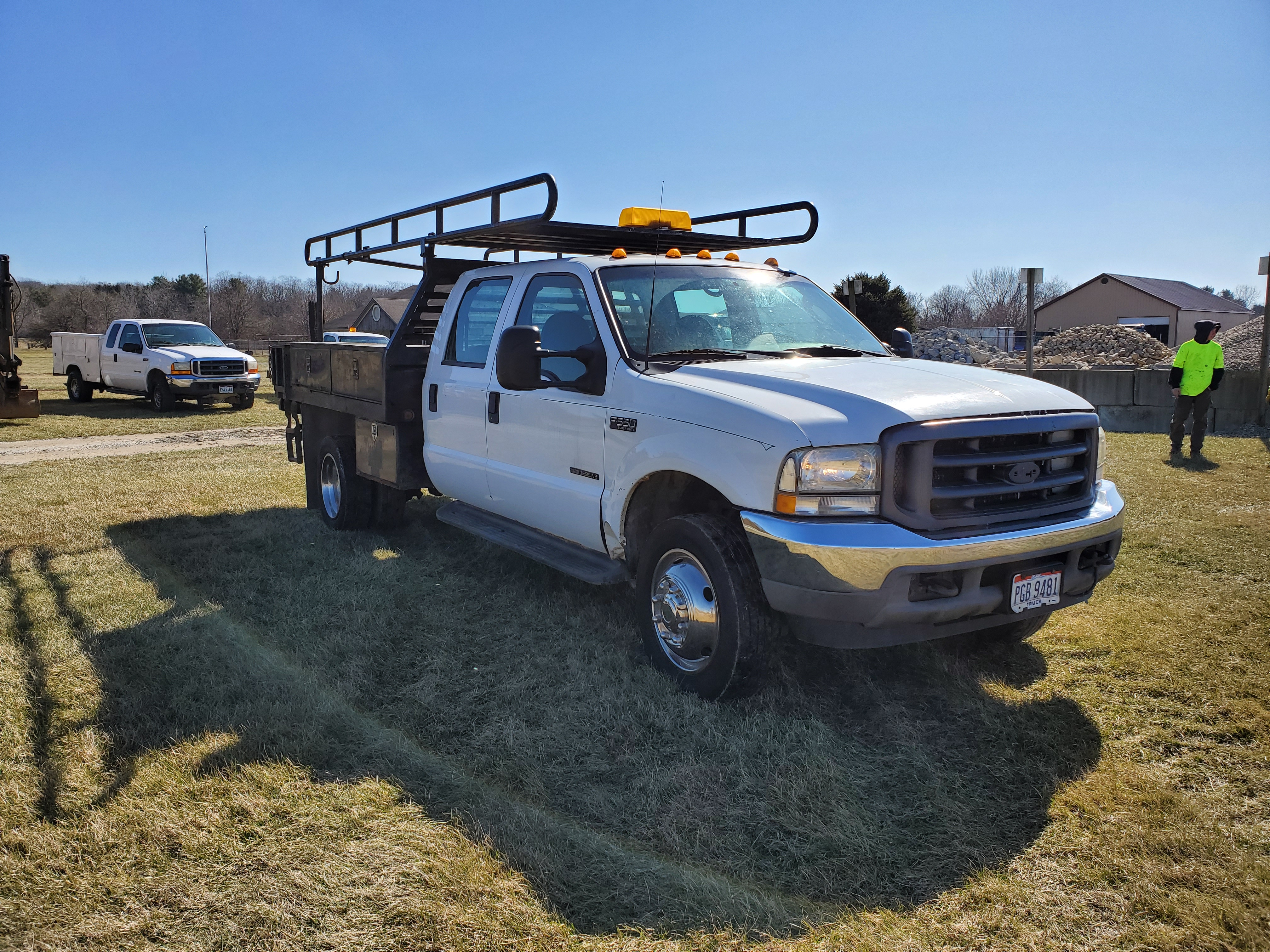 2003 F550 Ford Super Duty Pickup, Automatic, 7.3 Power Stroke Diesel, 8' Foot Omaha Flatbed - Image 3 of 18