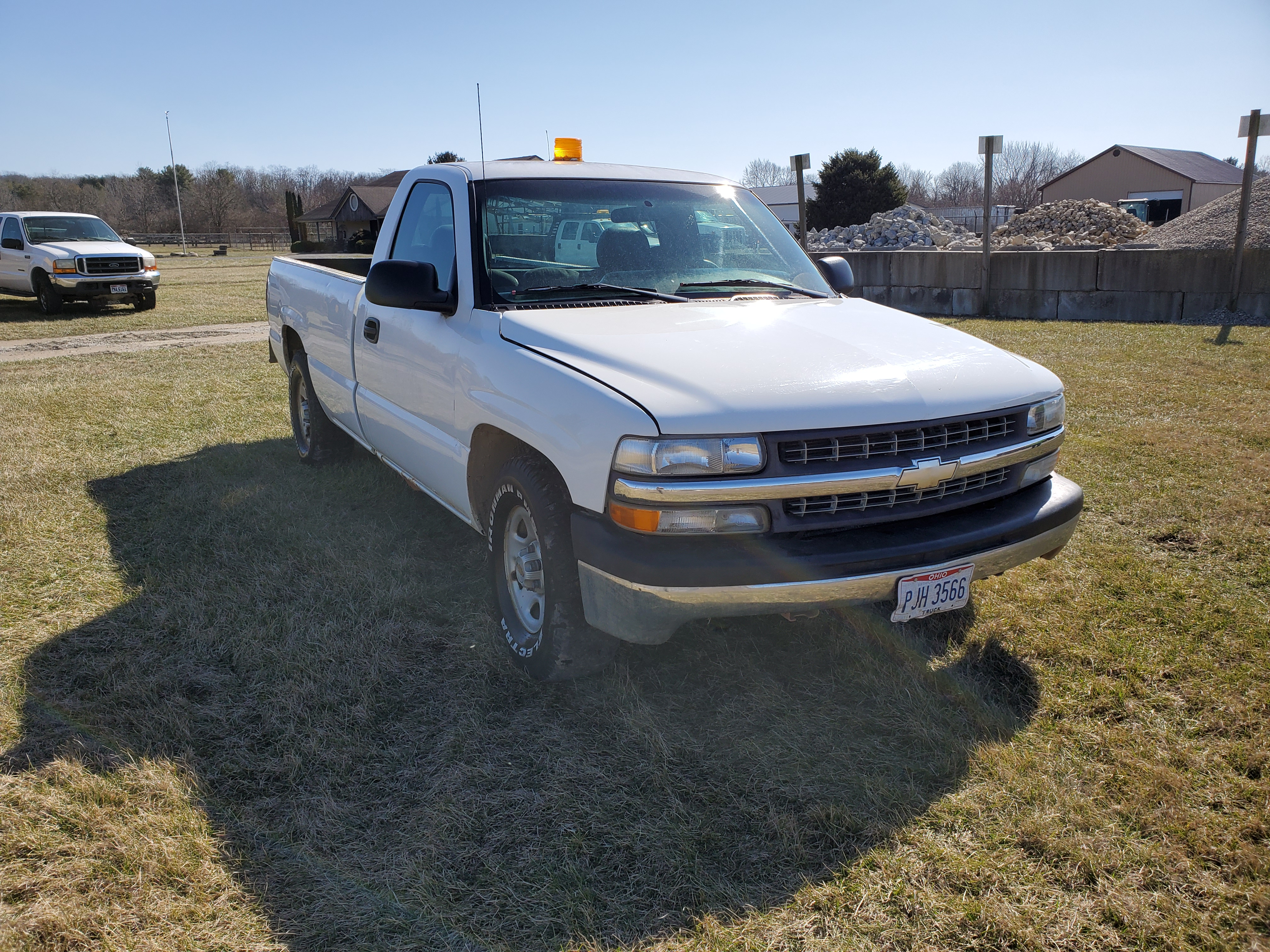 2001 Chevrolet 1500 Silverado 1500, 8 ft. Bed, 4.3 Liter Gasoline Engine, Automatic, 137,712 Miles - Image 3 of 17
