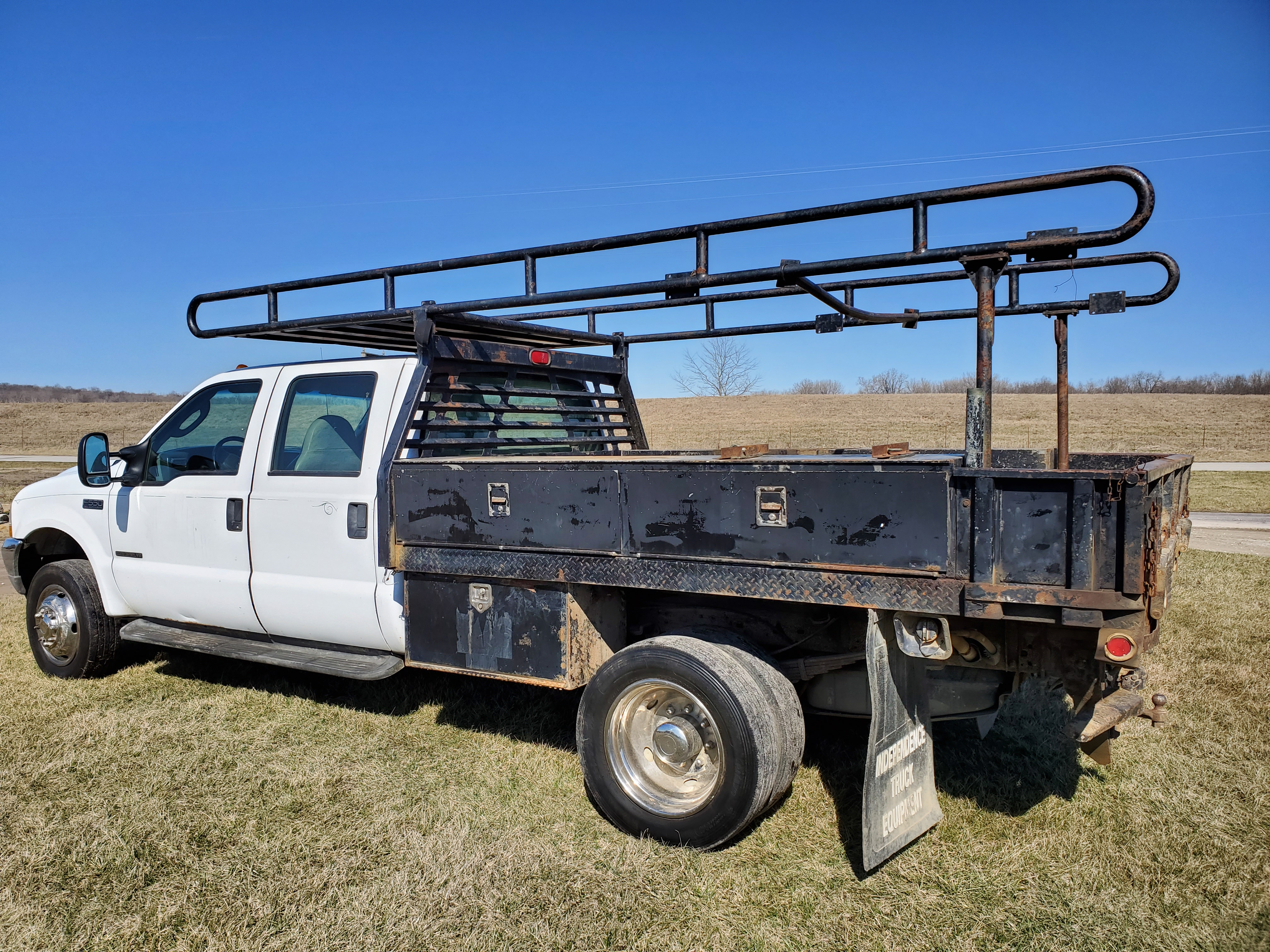 2003 F550 Ford Super Duty Pickup, Automatic, 7.3 Power Stroke Diesel, 8' Foot Omaha Flatbed - Image 9 of 18