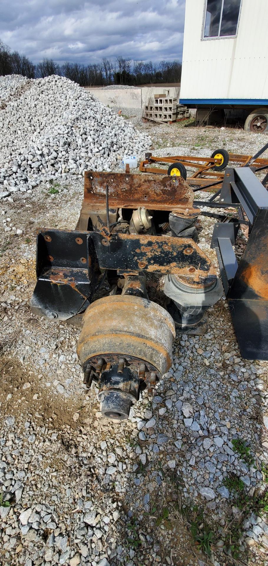 Dump Truck Lift Axle - Image 4 of 4