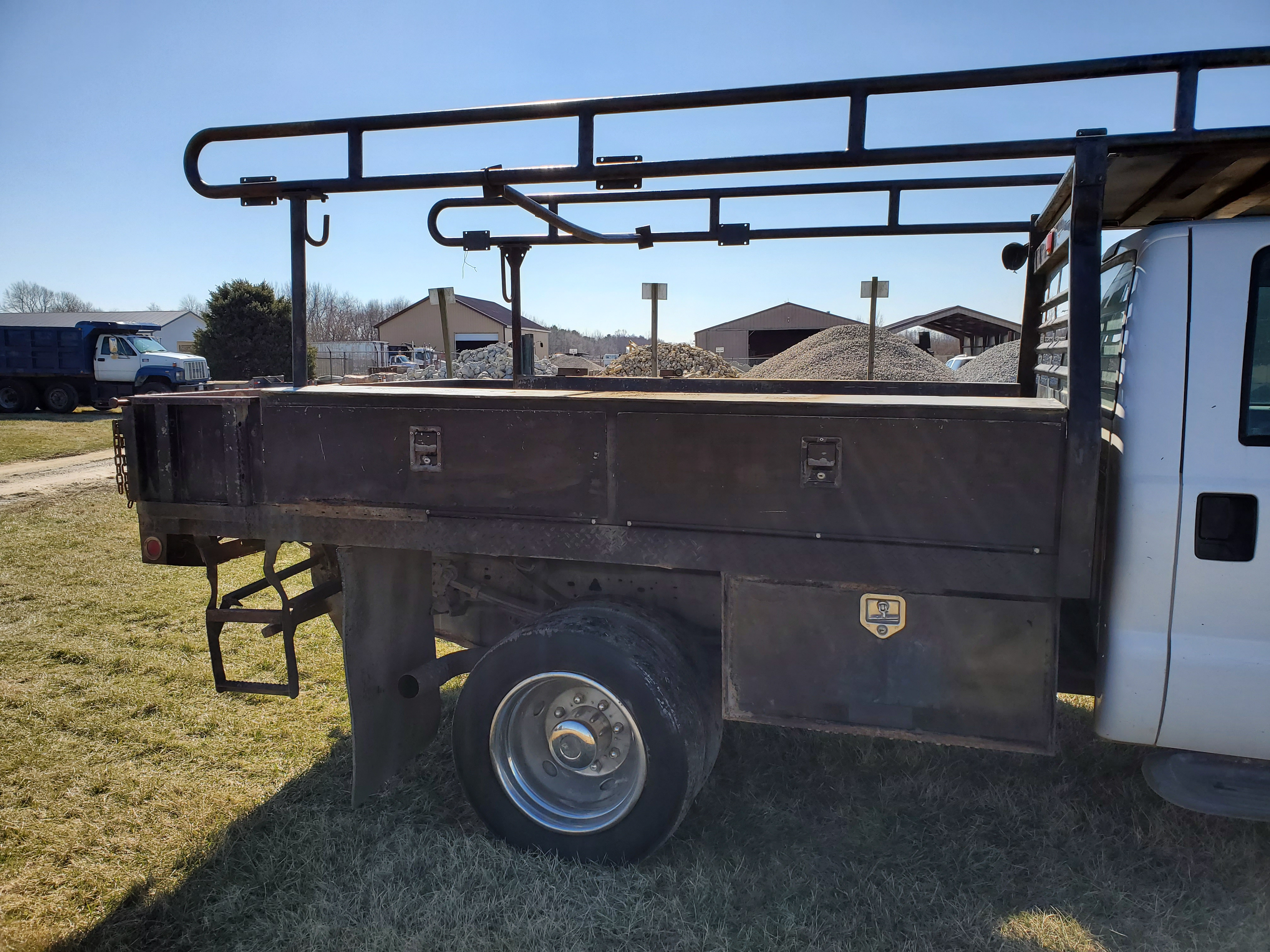 2003 F550 Ford Super Duty Pickup, Automatic, 7.3 Power Stroke Diesel, 8' Foot Omaha Flatbed - Image 7 of 18