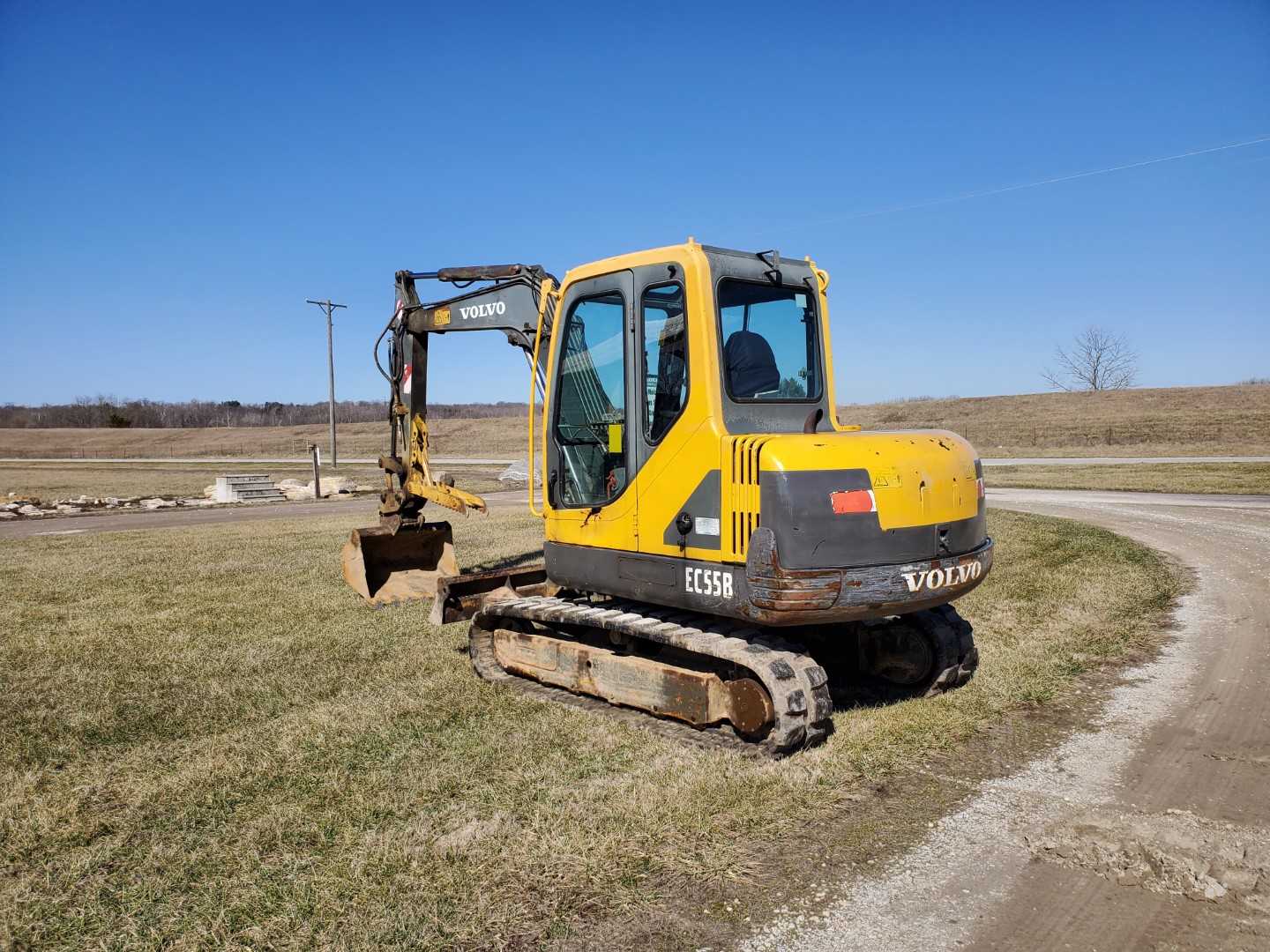 Lot 22 - 2005 Volvo EC55B Midi Excavator w/Thumb and Aux. Hydraulics New Tracks, 6,746 Hours, s/n EC55BY33192