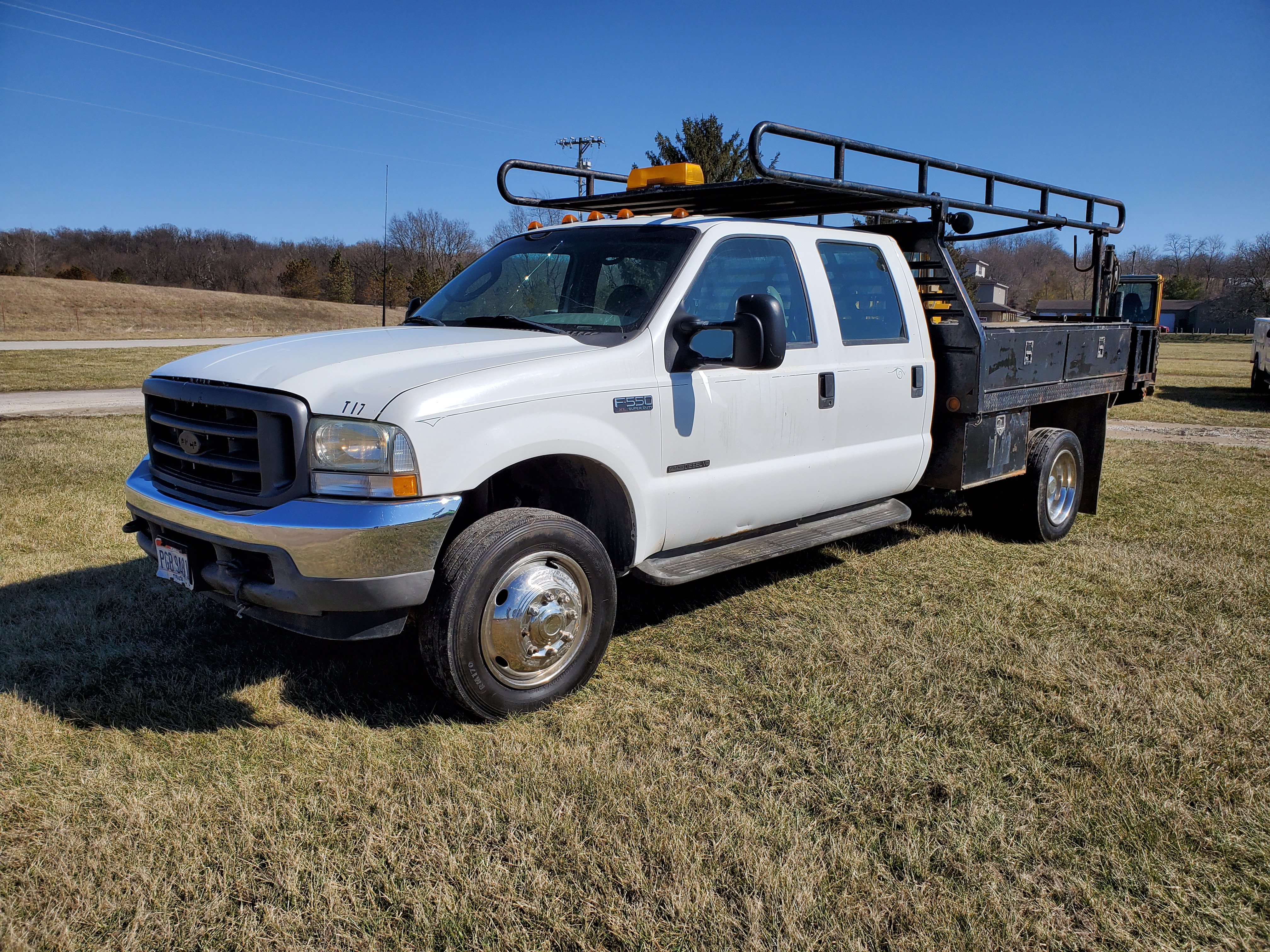 2003 F550 Ford Super Duty Pickup, Automatic, 7.3 Power Stroke Diesel, 8' Foot Omaha Flatbed - Image 2 of 18