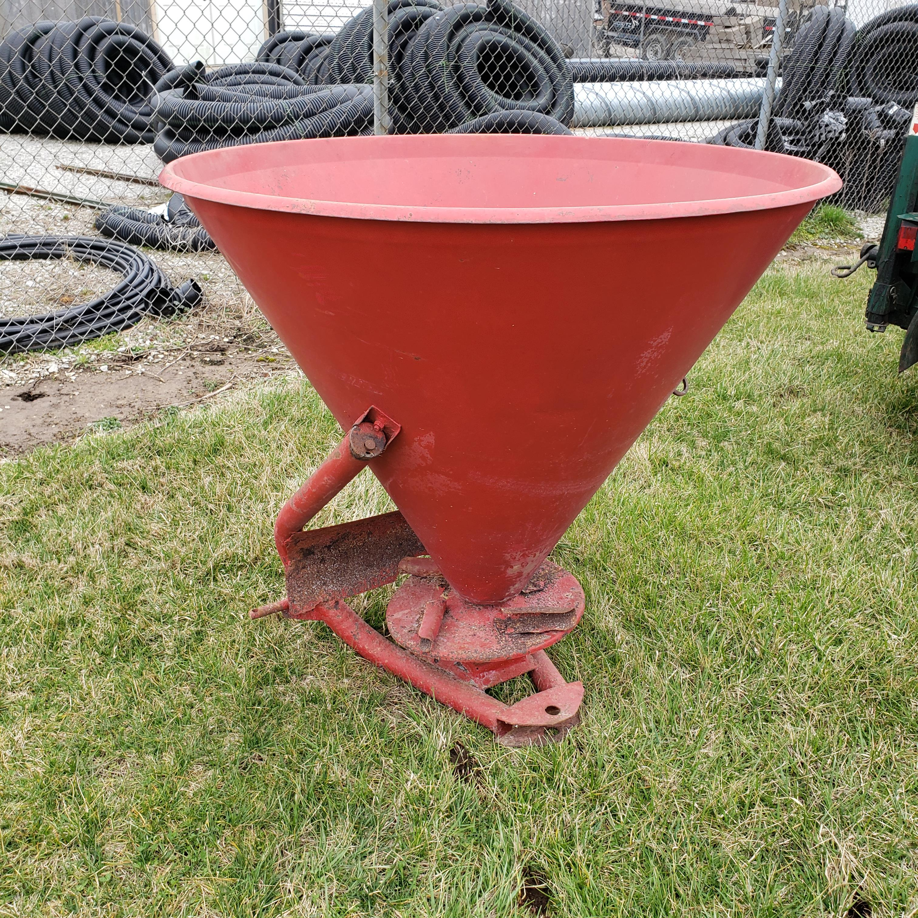 Lot 8 - 3 Point Hitch Mounted Broadcast Spreader