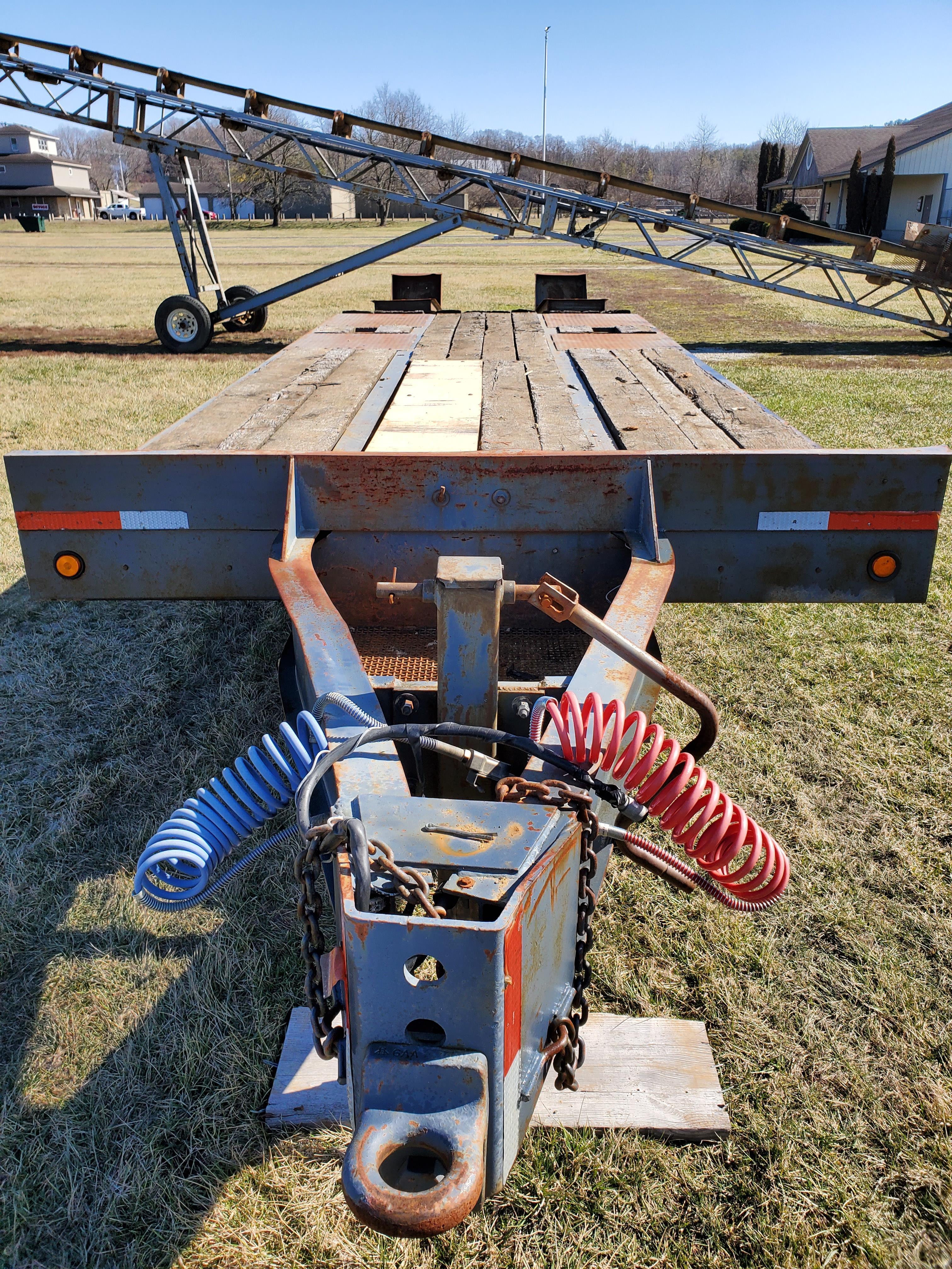 Eager Beaver Model 10HA Equipment Trailer 19 ft. Main Deck w/5 ft Beaver-tail x 81 in Wide, - Image 7 of 8