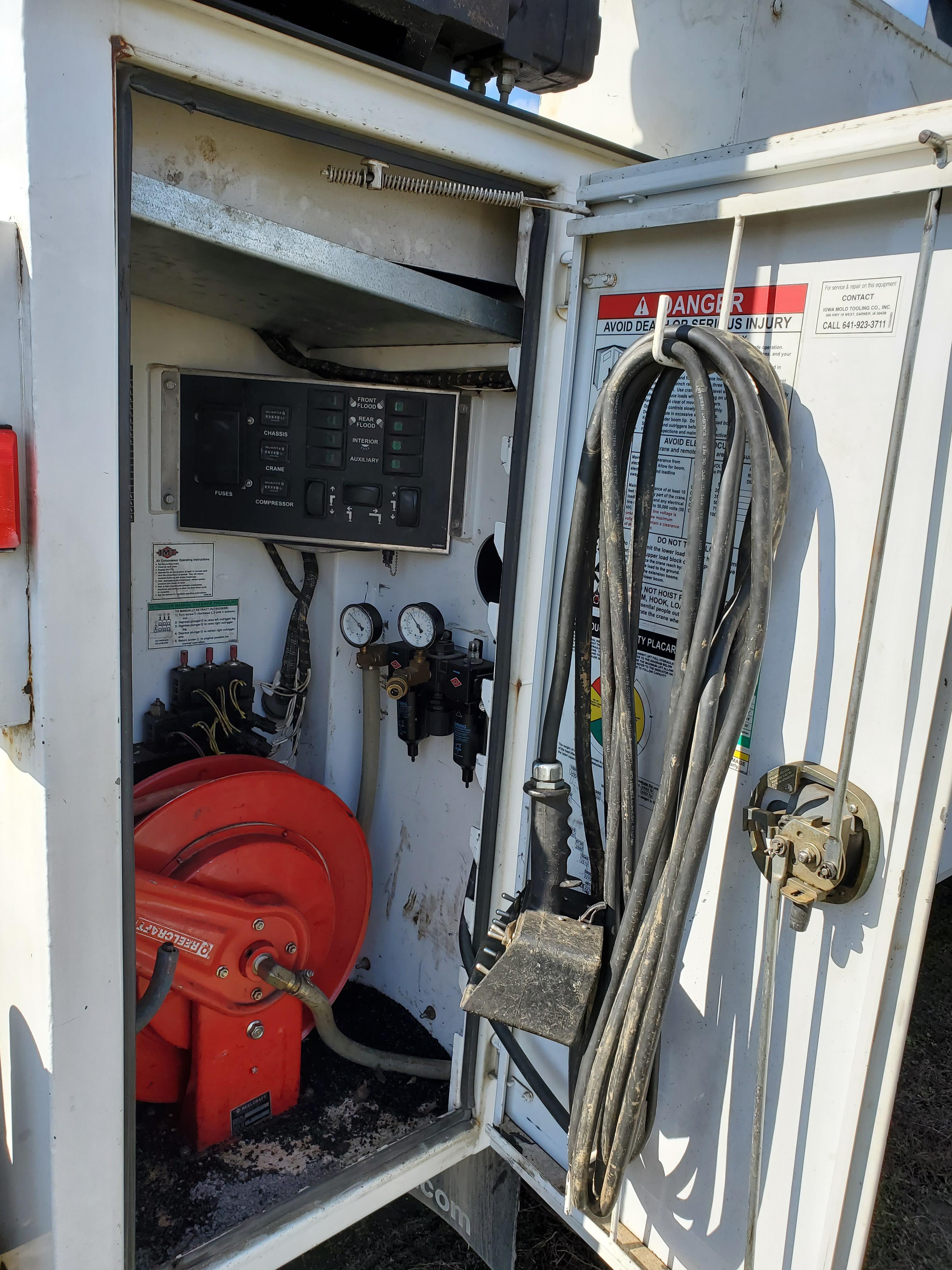 2007 Ford F750 Mechanic's Crane Truck, Cat C7 ACERT Diesel, Auto, 13 ft. IMF Dominator Body - Image 13 of 33