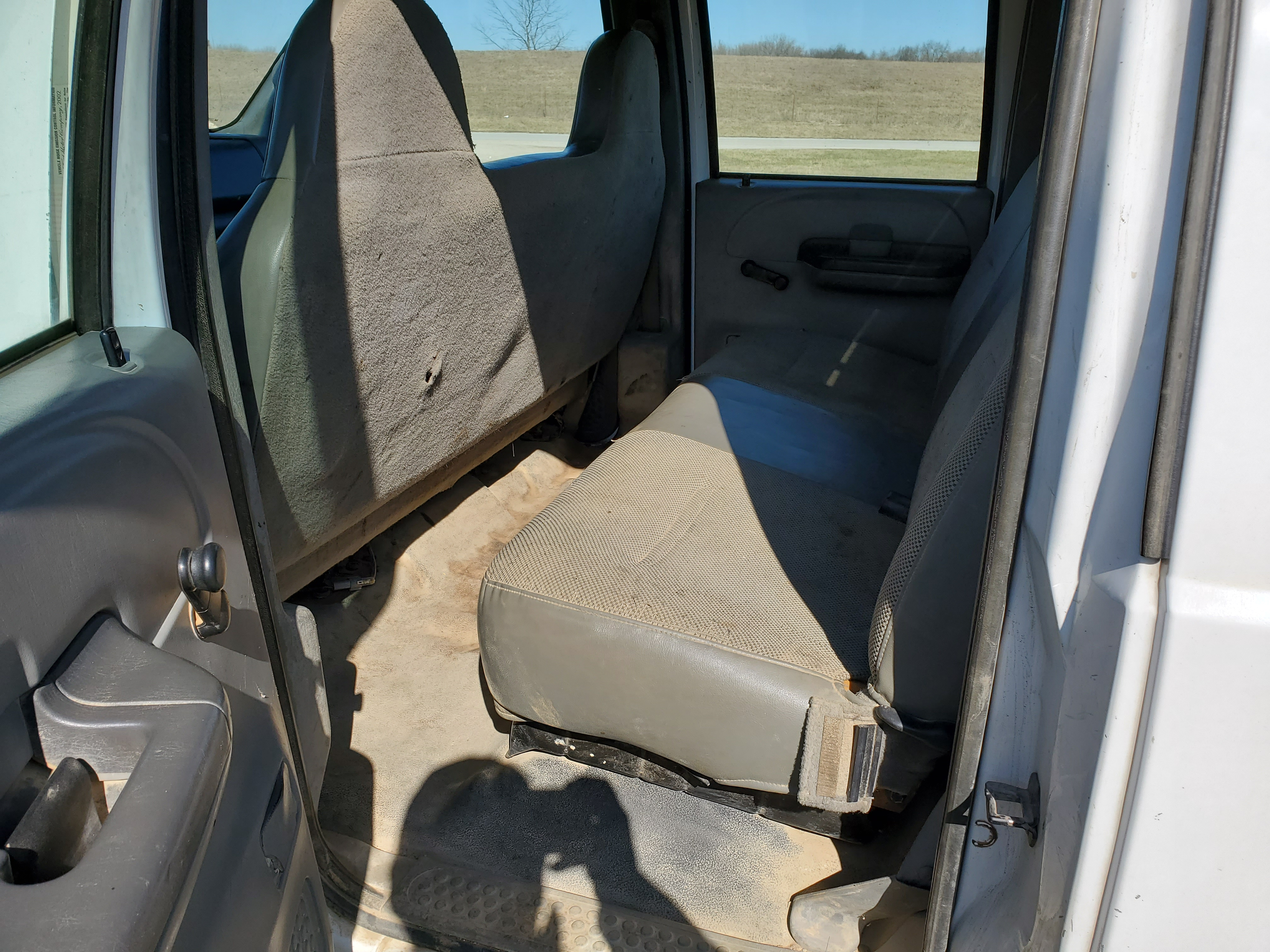 2003 F550 Ford Super Duty Pickup, Automatic, 7.3 Power Stroke Diesel, 8' Foot Omaha Flatbed - Image 10 of 18