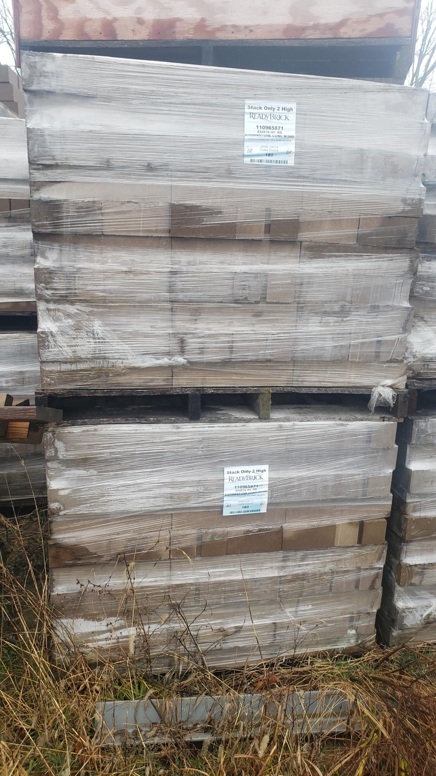 (42) Skids ReadyBrick 8x4x16 HH RB, Brownstone Conc W/IWR 180 count per skid, Loading Fee $400 - Image 3 of 3