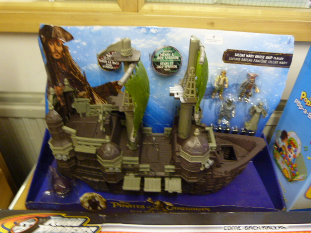 Lot 3 - *Pirates of the Caribbean Silent Mary Ghost Ship Play Set