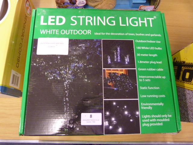 Lot 8 - *LED String Lights White RTV