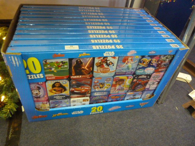 Lot 41 - *Eleven Boxes of 20 Assorted Puzzles