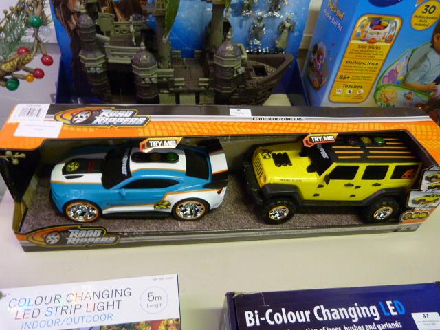 Lot 45 - *Comeback Racer RC Vehicles 2pk