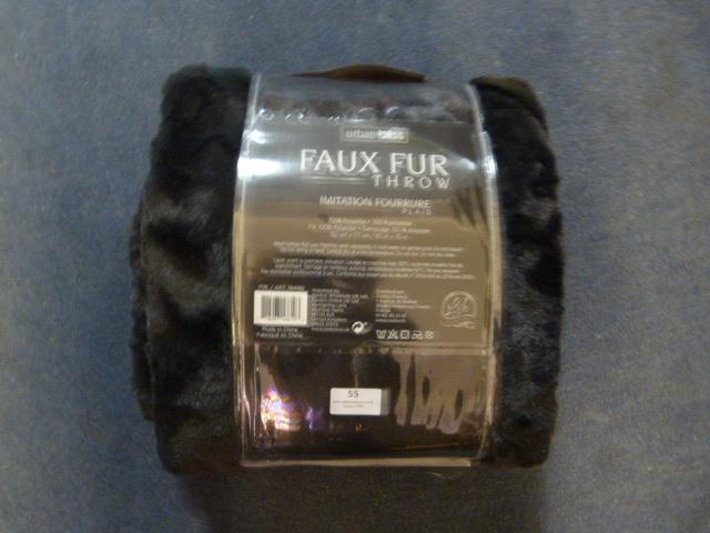 Lot 55 - *Urban Bliss Faux Fur Throw