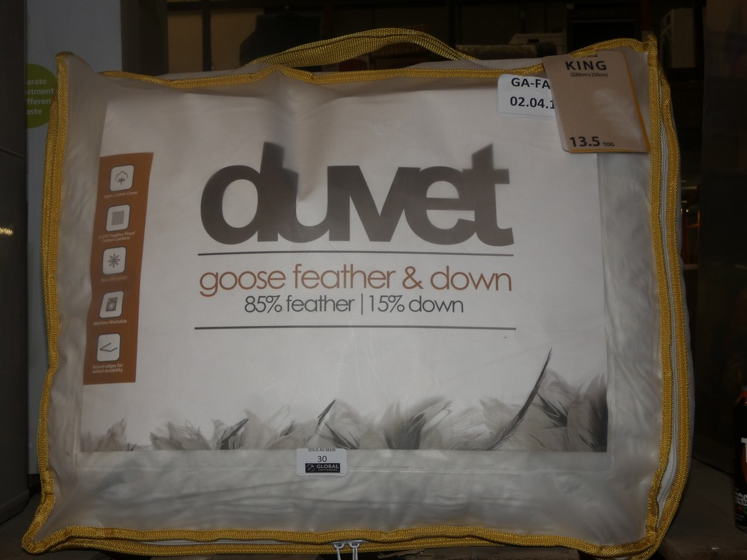 Lot 30 - Duvet Goose Feather and Down King-size 16.5tog