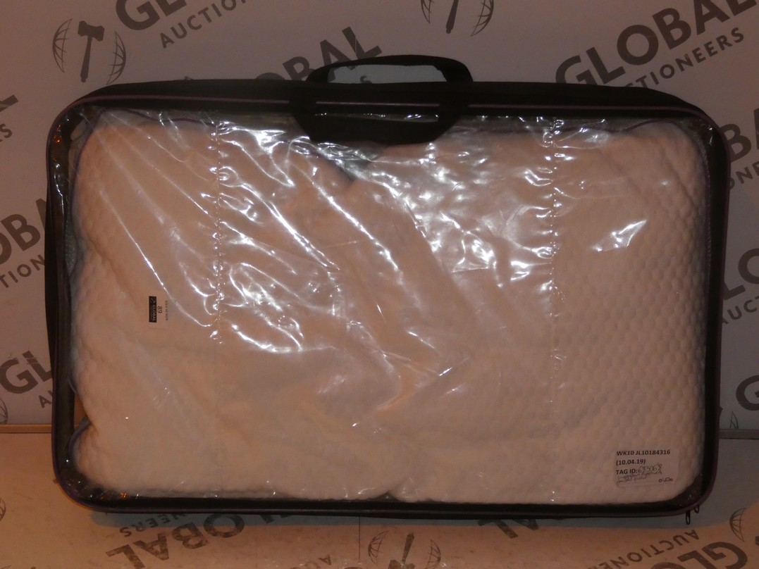 Lot 89 - Snuggle Down Protective A Pillow RRP £40 (683068)