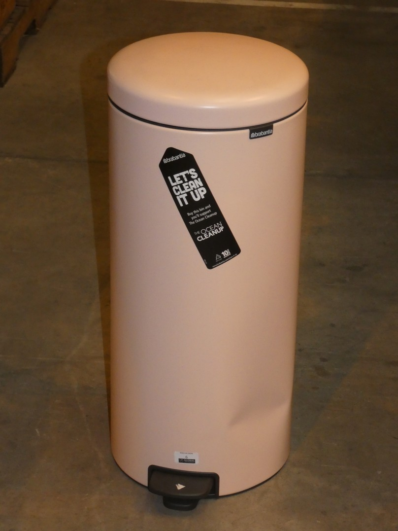 Lot 6 - Clay Pink Brabantia New Icon 30L Pedal Bin (VPB1312) RRP £55 (11345)