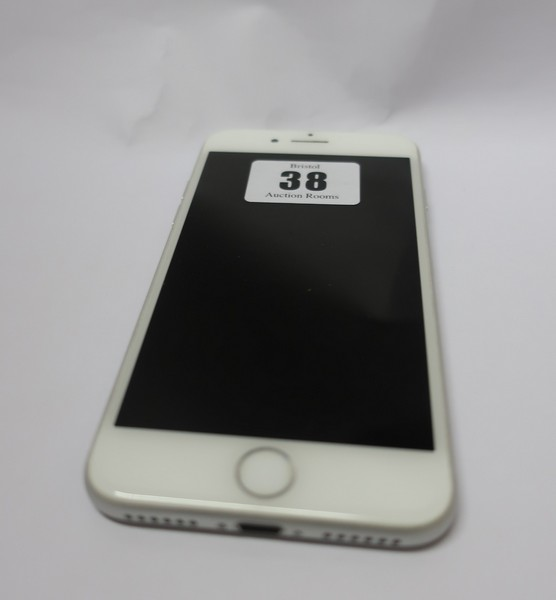 Lot 38 - An Apple iPhone 7 256GB A1778 in Silver (IMEI: 359214070170166) (Activation clear).