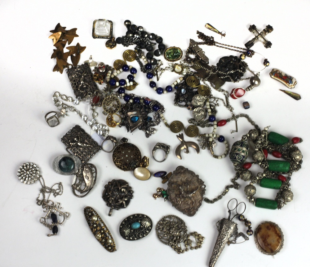 Lot 60 - Jewellery: A box file containing numerous items of jewellery, mostly late 19th Century,