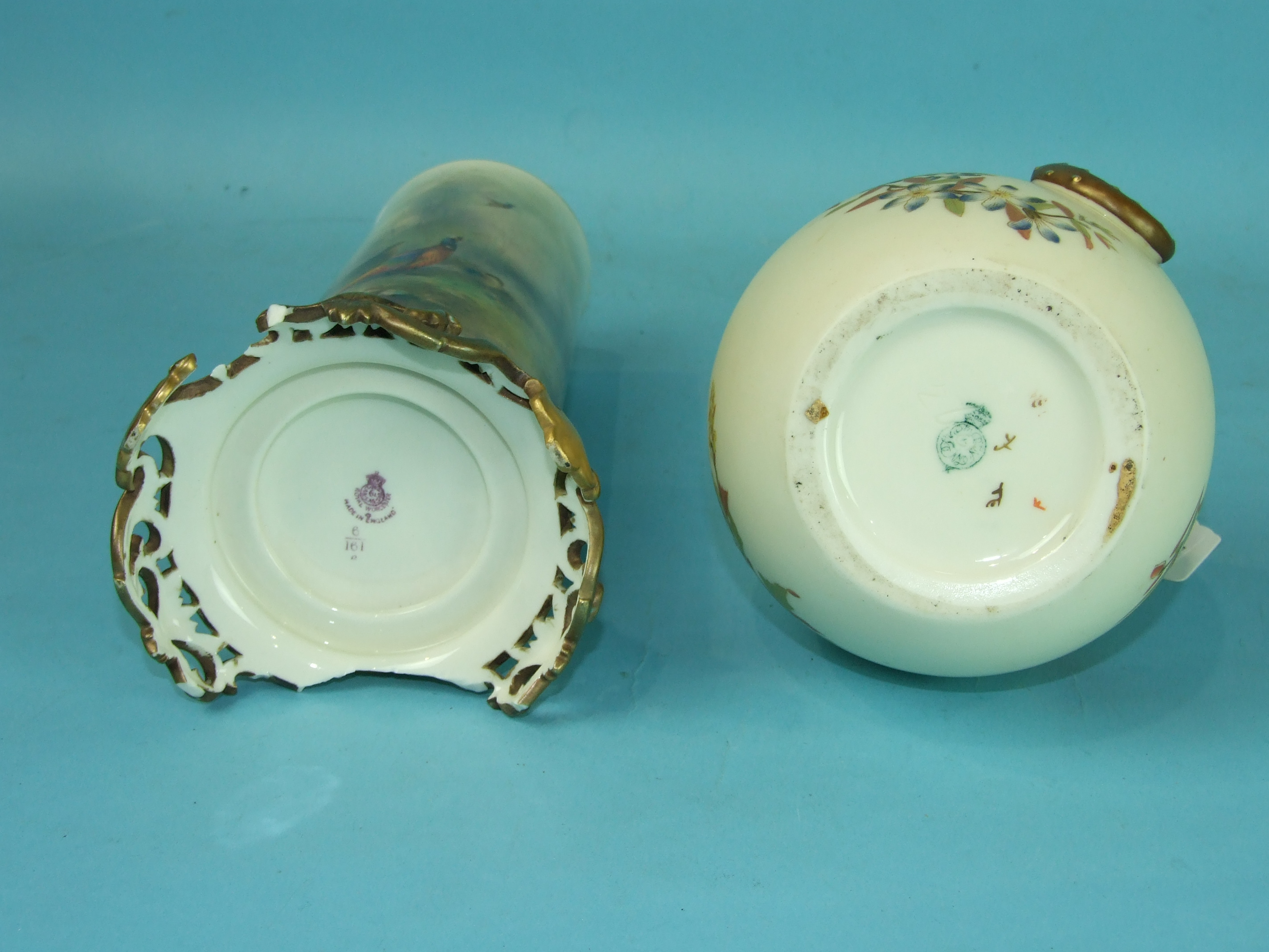 Lot 401 - A Royal Worcester blush ivory dragon-handled ewer and a Royal Worcester large vase decorated with