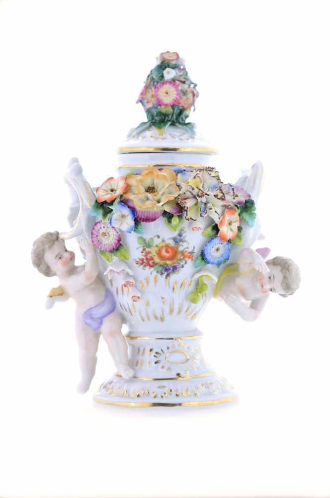 DECKELVASE Porzellanmanufaktur Augarten, Porzellan mit bunter plastischer Blumenkrone, Blütenzweigen
