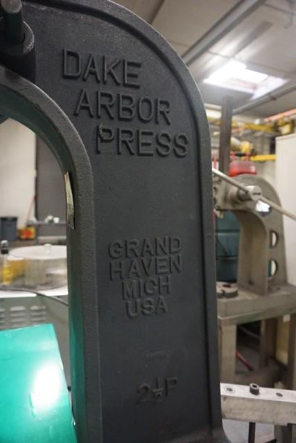 Lot 1165 - Dake 2 1/2 P Arbor Press