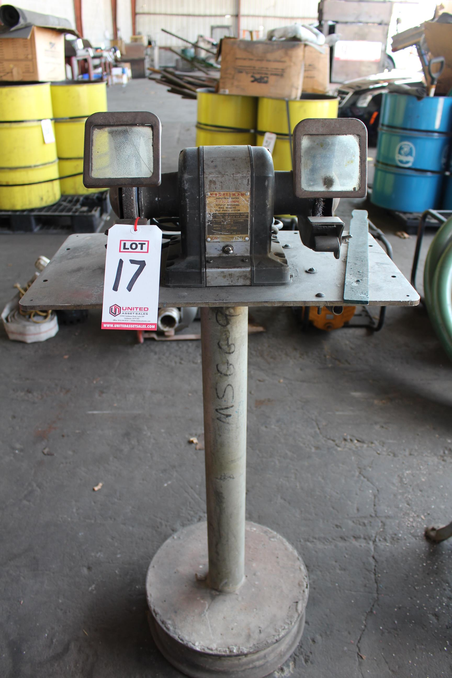 Lot 17 - CRAFTSMAN 1/2 HP GRINDER
