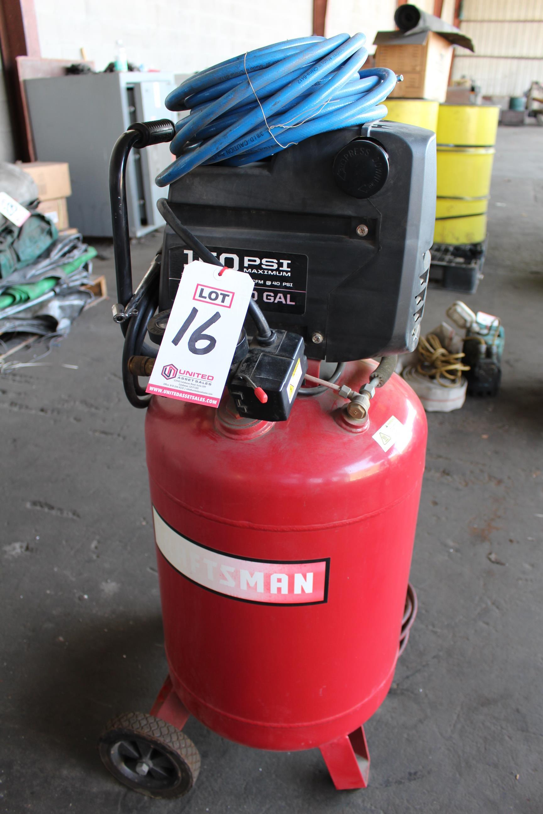 Lot 16 - CRAFTSMAN 1.5 HP, 20 GAL, 150 PSI COMPRESSOR