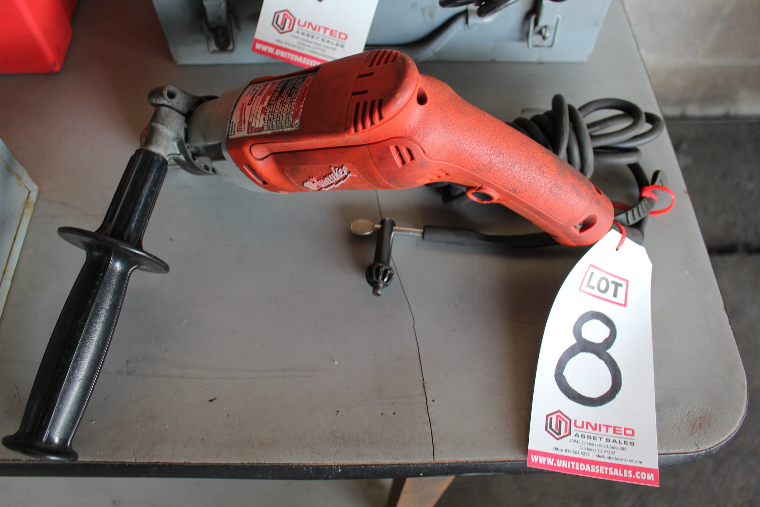 "Lot 8 - MILWAUKEE 1/2"" HEAVY-DUTY DRILL"