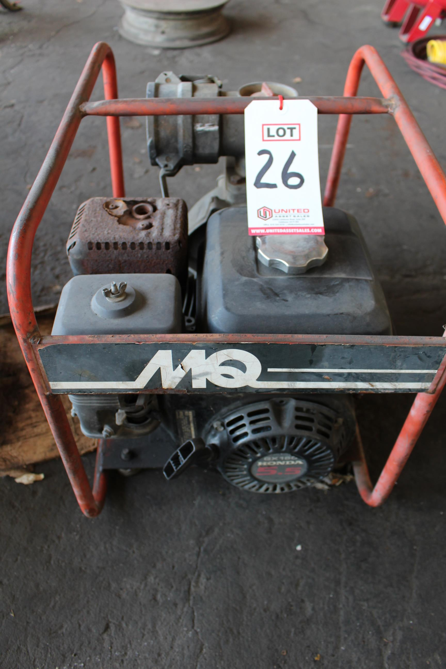 Lot 26 - HONDA PUMP