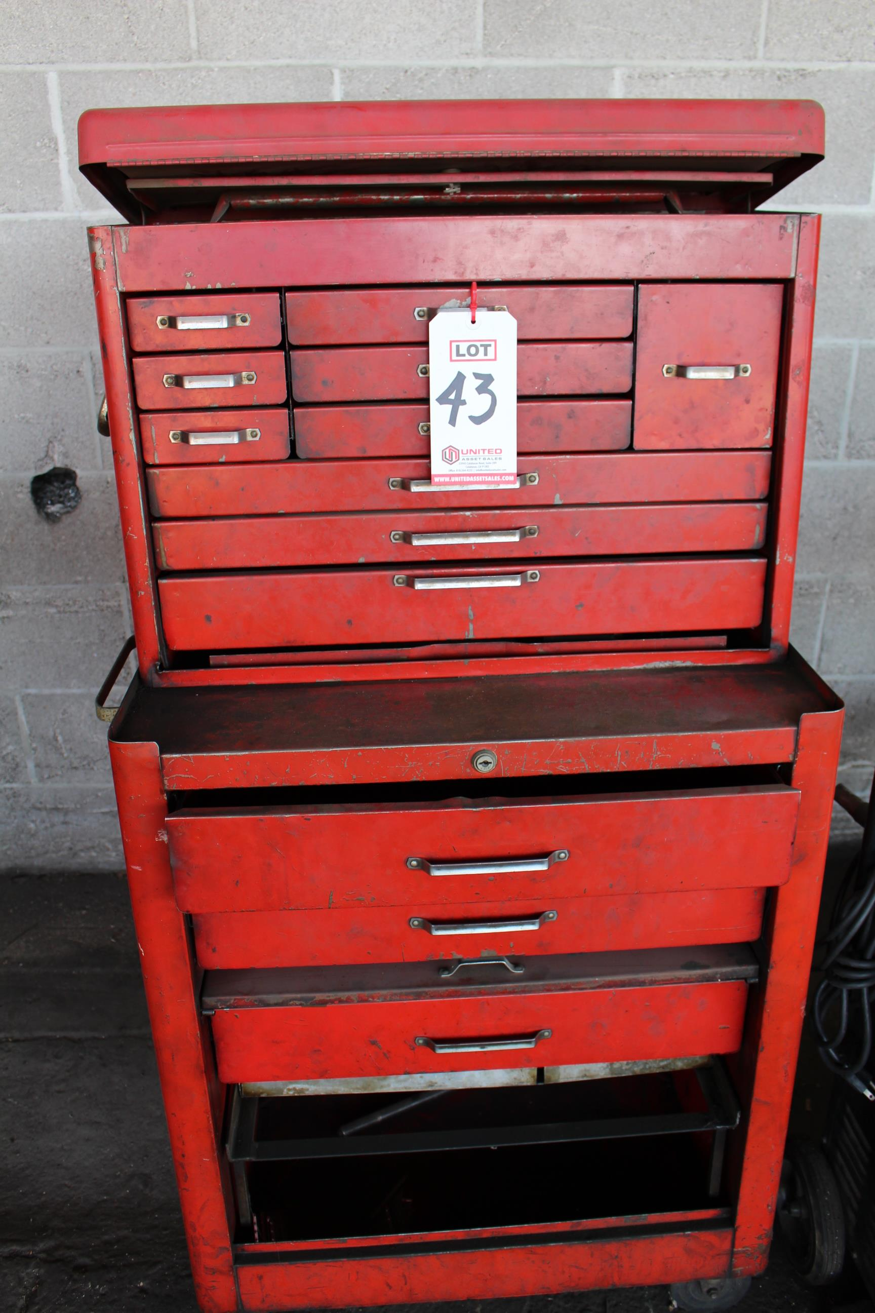 Lot 43 - HUOT TOOL BOX, ON CASTERS