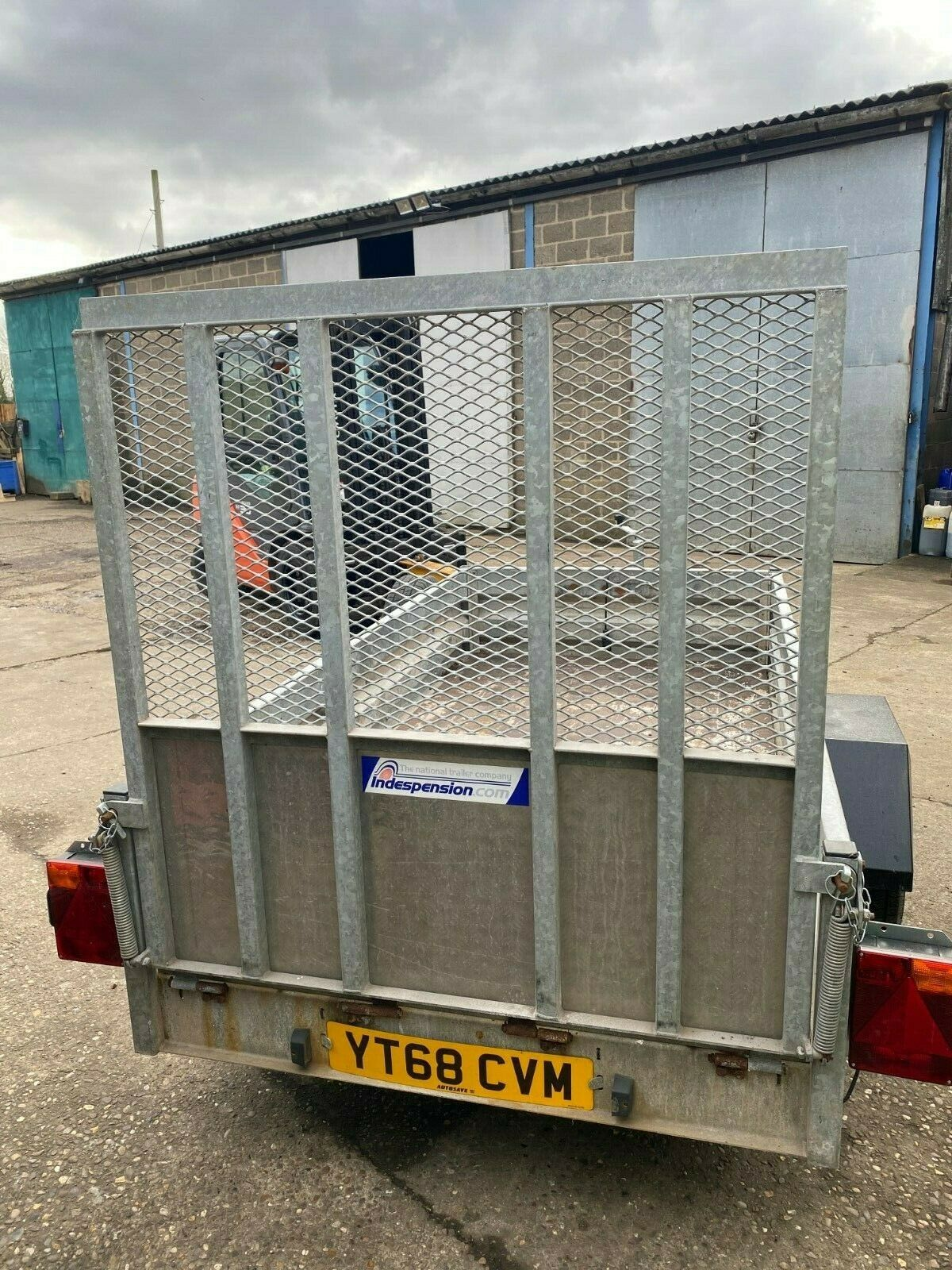 INDESPENSION HEAVY DUTY TRAILER, DROP DOWN TAILGATE, YEAR 2012 *PLUS VAT* - Image 3 of 6