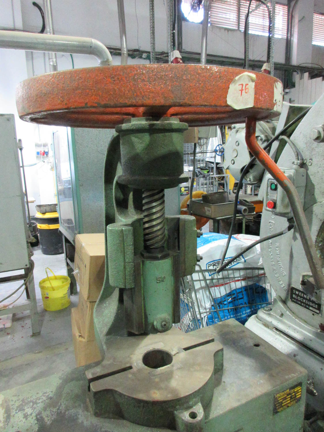 FILLI GIACETTI HAND WHEEL MECHANICAL SCREW PRESS; 50 TONS [A#76][LOCATED IN Kiryat Malachi] - Image 2 of 3
