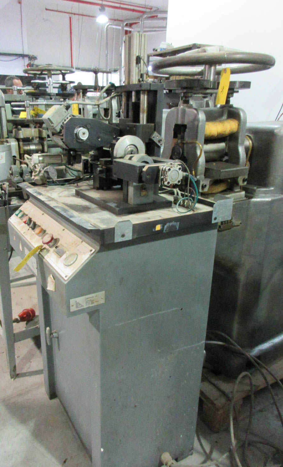 LORENZATO FINDING AND STAMPING MACHINE FOR STUD EARRINGS [A#35][LOCATED IN Kiryat Malachi] - Image 2 of 4