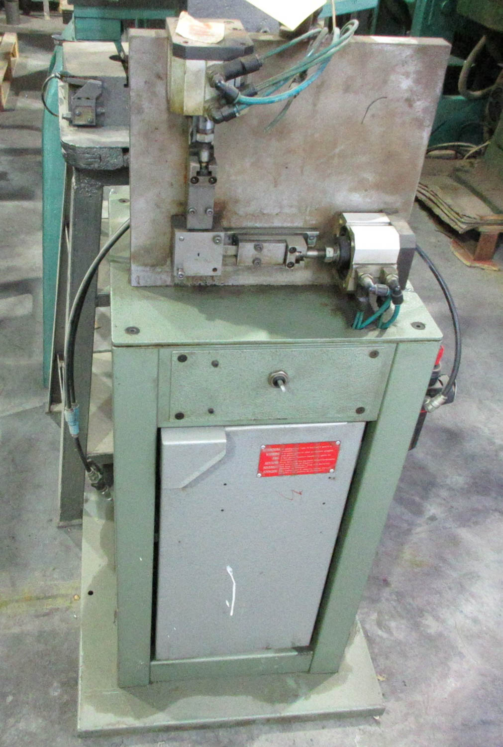 INVIMEC CUTTING AND ROUNDING WIRE MACHINE [A#102][LOCATED IN Kiryat Malachi] - Image 2 of 2
