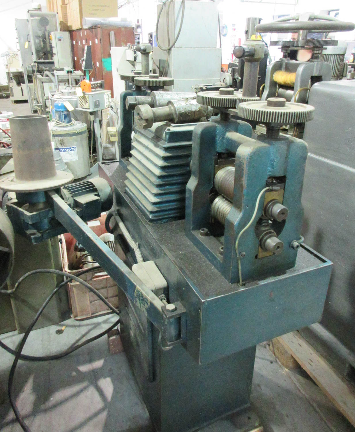 ROLLING MILL; DOUBLE-END; HAND OPERATED, (2) 14CM/EA ROLLS [A#229][LOCATED IN Kiryat Malachi] - Image 2 of 2
