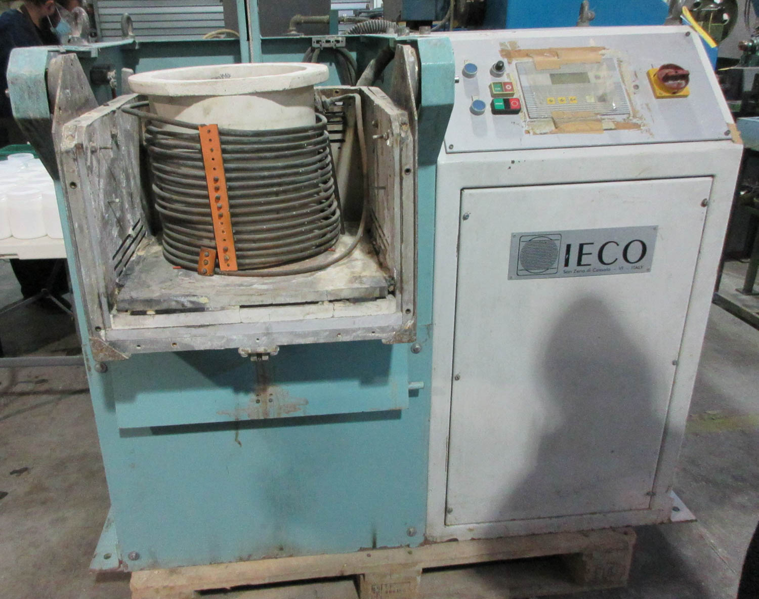 IECO CASTING MACHINE; 28 CM DIAMETER POTS [A#216][LOCATED IN Kiryat Malachi]