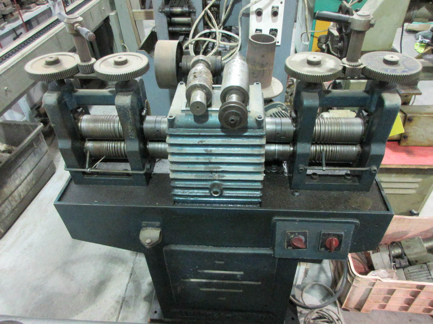 ROLLING MILL; DOUBLE-END; HAND OPERATED, (2) 14CM/EA ROLLS [A#229][LOCATED IN Kiryat Malachi]
