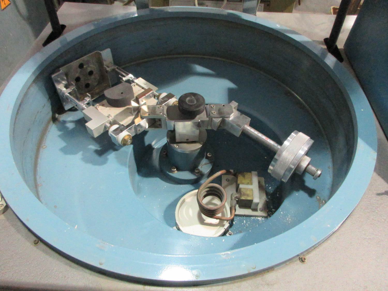 YASUI MDL. VCC-IIH VACUUM CENTRIFUGAL CASTING MACHINE; FOR PLATINUM, 30 CYCLES, 200V; 50/60HZ; 3PH; - Image 2 of 6