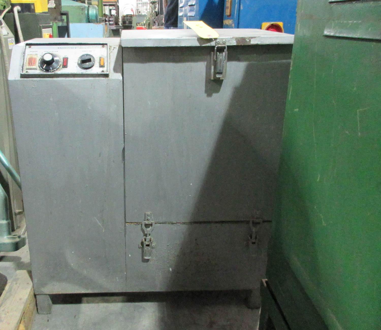 Lot 25 - BREVETTATO MDL. POT.RI.SC.W I900 FINISHING MACHINE; HORIZONTAL; 45X34X48, S/N: AI0942 [A#217][