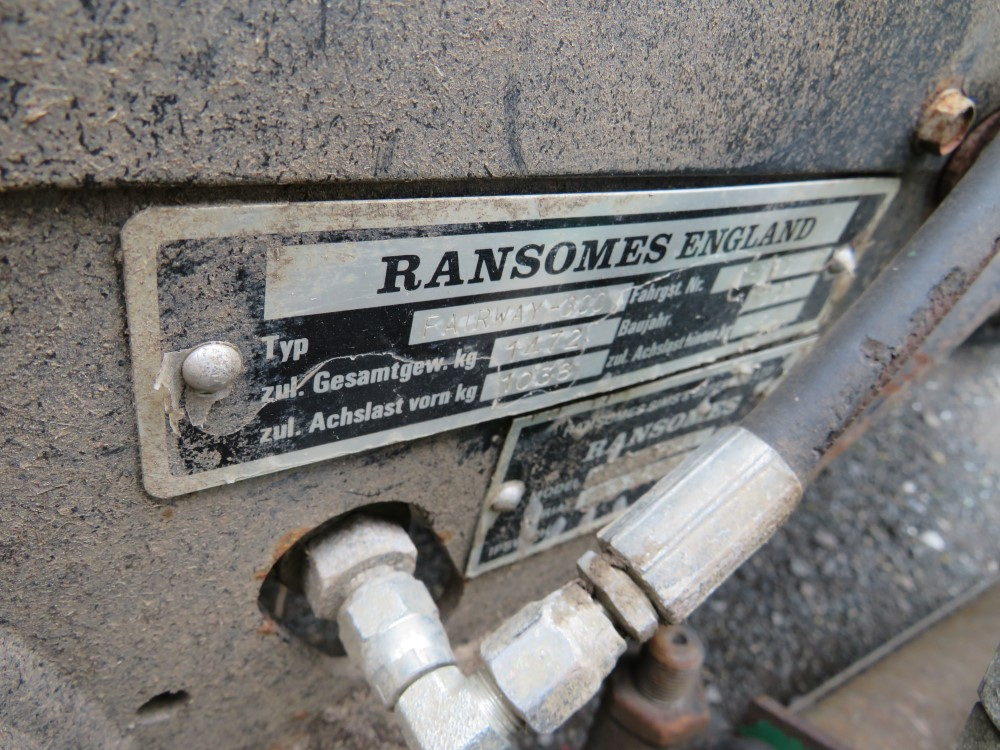 RANSOMES FAIRWAY 300 5 GANG RIDE ON MOWER, 6464 HOURS [+ VAT] - Image 6 of 6