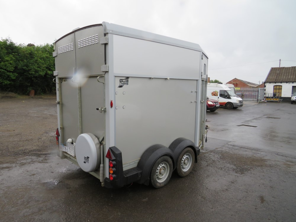 IFOR WILLIAMS HB511 HORSE TRAILER [NO VAT] - Image 4 of 5