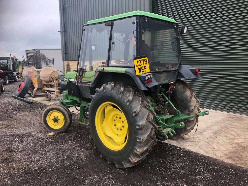 J reg JOHN DEERE 1550 2WD TRACTOR C/W PICKUP HITCH (LOCATION SHEFFIELD) 6084 HOURS, NO V5 (RING - Image 3 of 5