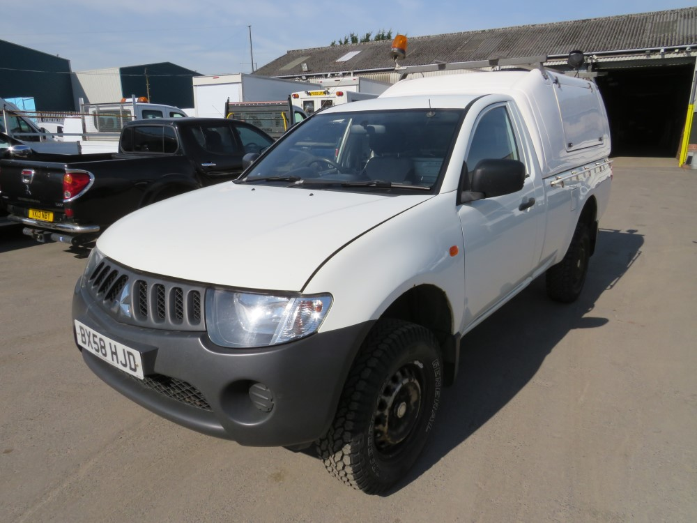 58 reg MITSUBISHI L200 4WORK S/C PICKUP, 1ST REG 09/08, 155379M WARRANTED, V5 HERE, 1 OWNER FROM NEW - Image 2 of 6
